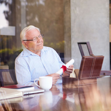 Essex Lawyers Elderly Client Paying For Care Featured
